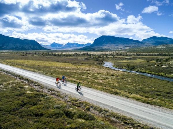 Syklister i Grimsdalen