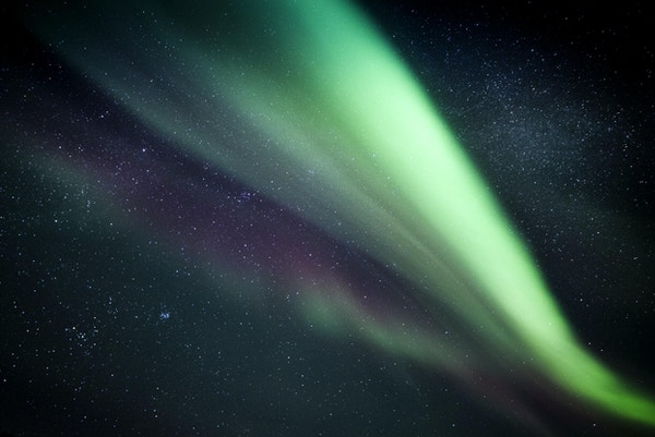 Nærbilde av Aurora Borealis i Norge.