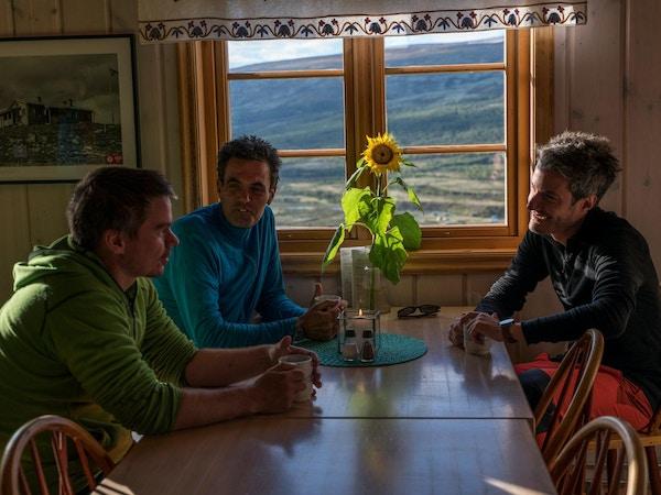 Syklister på besøk i Grimsdalshytta