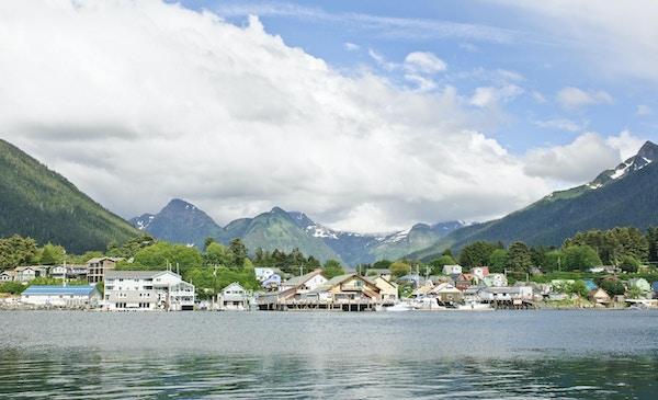 """vidvinkelskyting av Sitka, Alaska"""