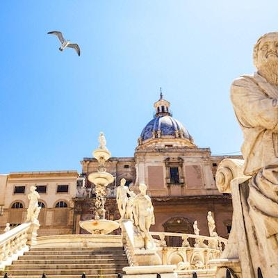Fontana Pretoria på Piazza Pretoria i Palermo.