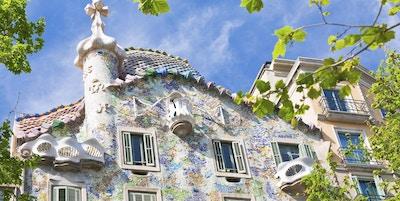 Barcelona. Bygningen ble restaurert av Antoni Gaudi og Josep Maria Jujol, bygget i 1877 og ombygd i årene 1904-1906