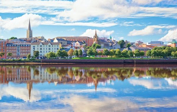 Panorama av Londonderry, Nord-Irland