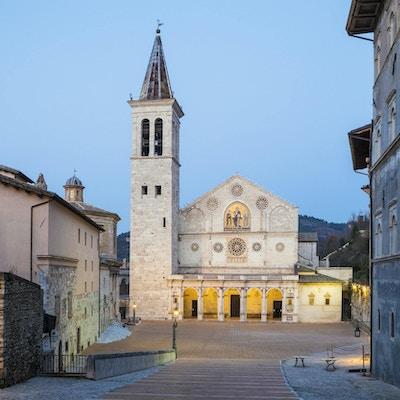 Den gamle kirken i Spoleto, Umbria, Italia