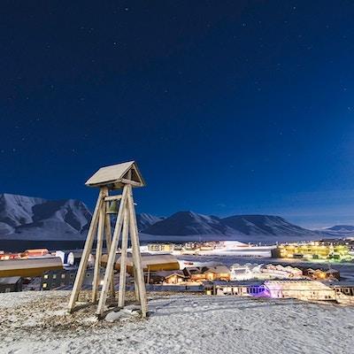 Vakkert stjernehimmel over Svalbard