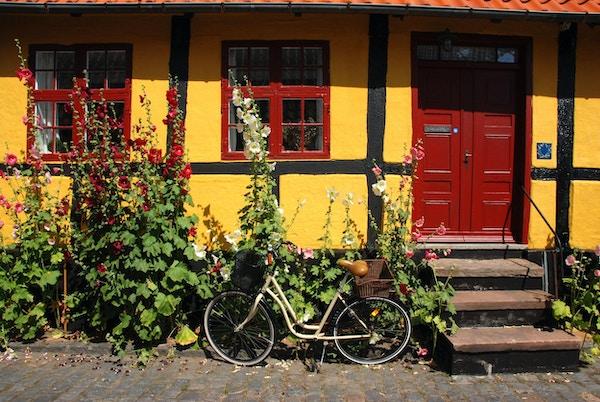 vakkert lite hus på Bornholm, Danmark, R? nne