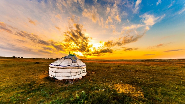 Yurt i steppen, Mongolia