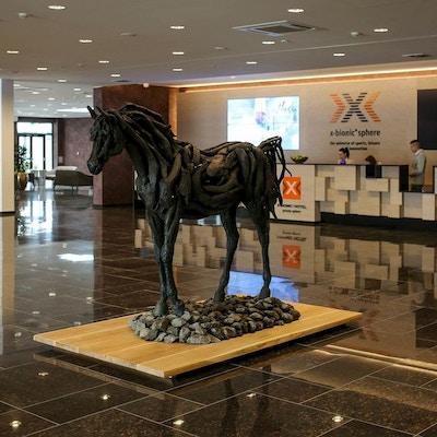 Kunstverk som forestiller en hest