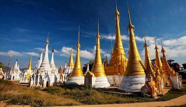 Shwe Indein - hellig sted nær innsjøen Inle, Myanmar