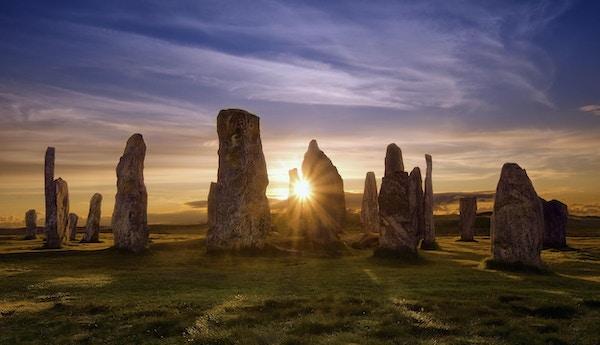 Callanish steinsirkel i solnedgang.