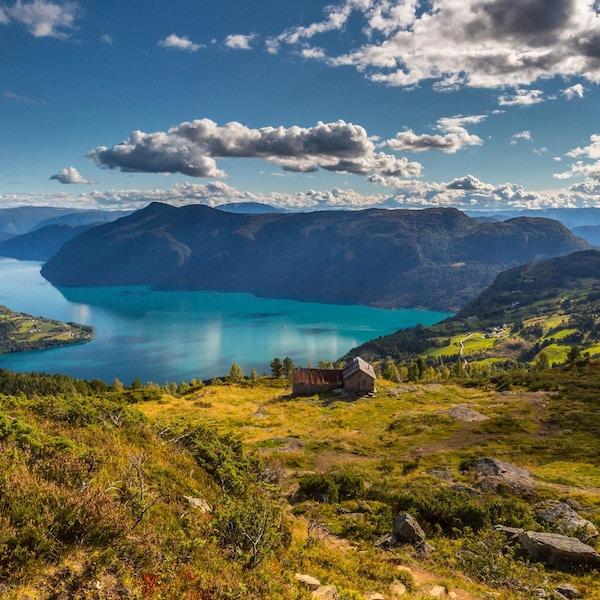 Utsikt fra Molden mot Lustrafjorden