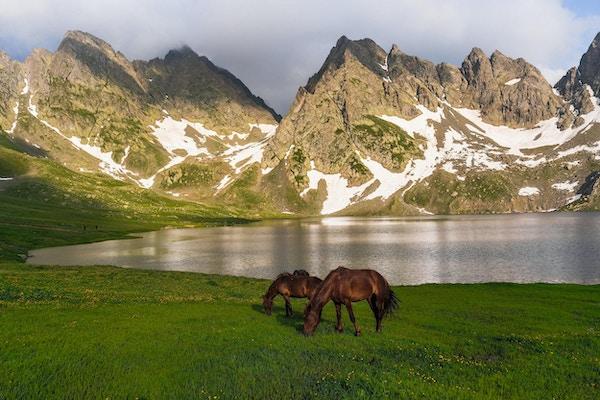 Trek til Tobavarchkhili-sjøen, Svaneti, Georgia
