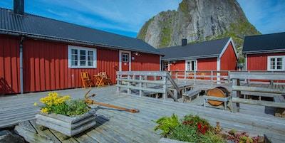 Rorbuer i sjøkanten, Lofoten