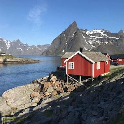 Lofotens vakre fjellandskap