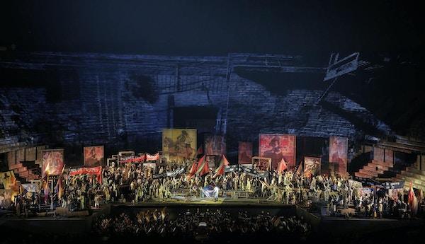 Fra Operafestspillene på Arena di Verona