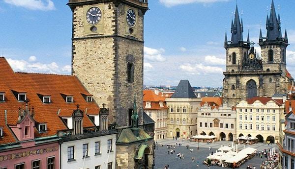 Torget i Prahas gamleby