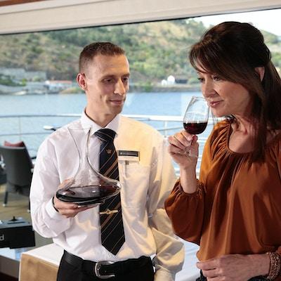 Vinsmaking ombord på elvecruiseskipet