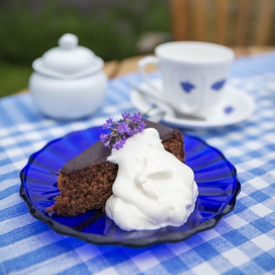 Tallerken og kake