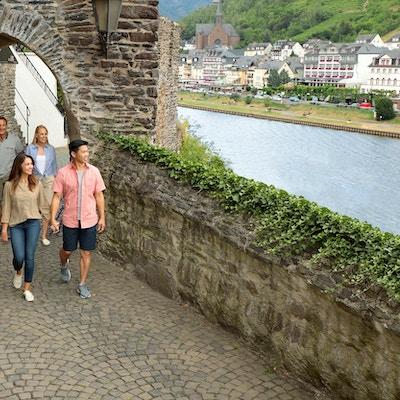 På vandring i Cochem, Tyskland