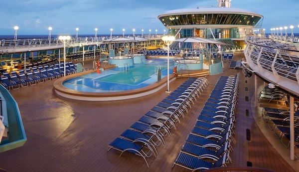 basseng dekk, hovedbasseng, bassenger, utendørs basseng dekk, rhapsody of the seas