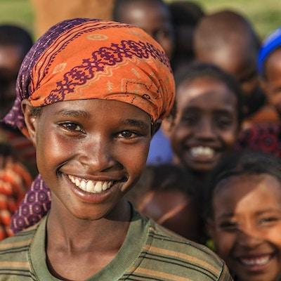 Gruppe av glade afrikanske barn - Etiopia, Øst-Afrika.