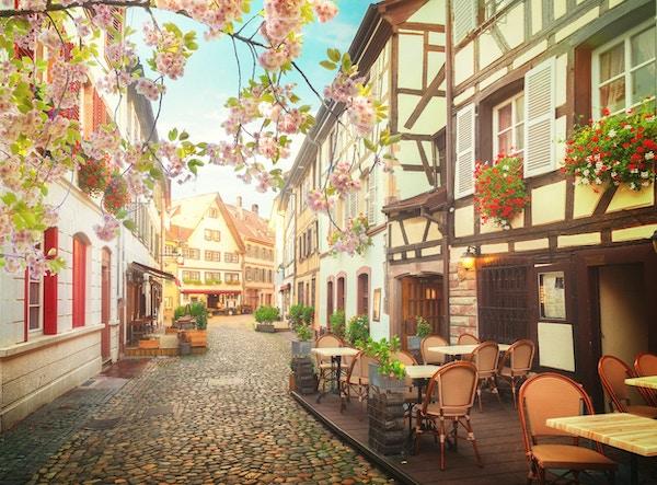 Petit France middelalderske distrikt Strasbourg på våren, Alsace Frankrike