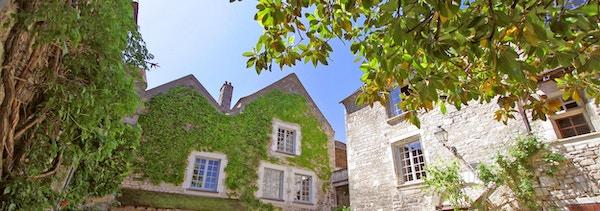 Klosteret i Domaine Laroche