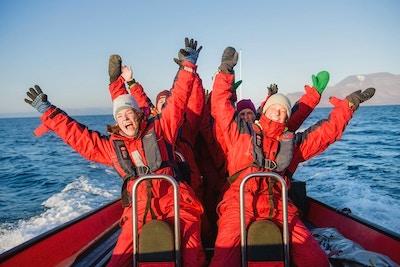 På ribsafari på havet utenfor Svalbard