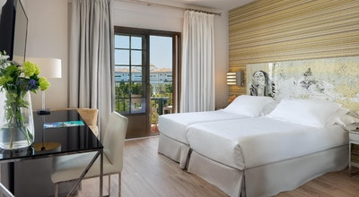 H10 andalucia plaza room 01