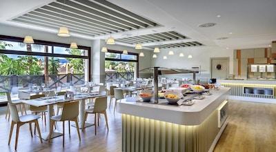 Barcelo restaurant 01
