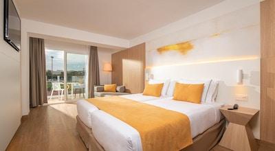 Lazure hotel room 03