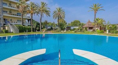 Atalaya park pool 01