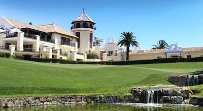 Marbella los naranjos club house