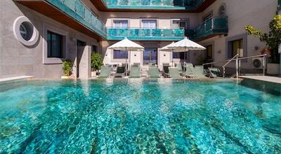Sant jordi boutique hotel pool 01