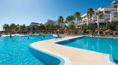 Estepona hotel spa resort pool 01