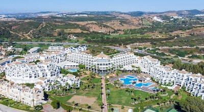 Estepona hotel spa resort aerial 01