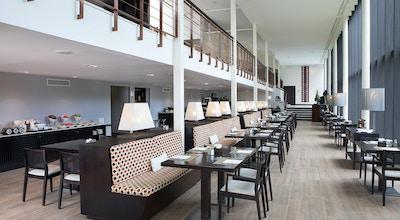 Hotel encinar restaurant 01