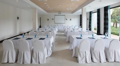 Hotel encinar conference room 01