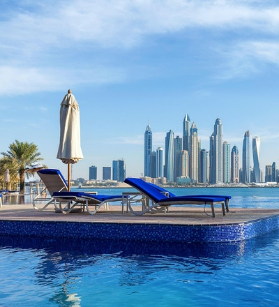 Bassengutsikt til Dubai Marina