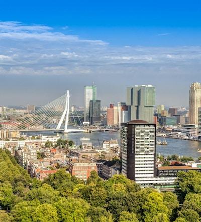 Luftfoto av det moderne sentrum av Rotterdam