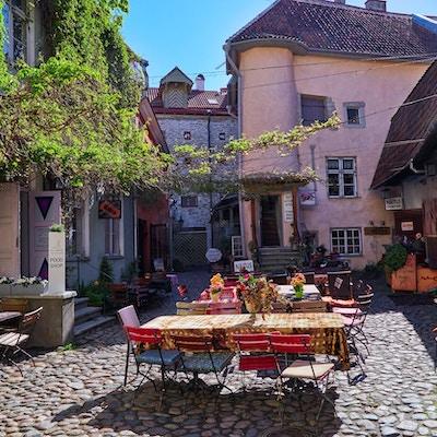 Gamlebyen en solskinnsdag iTallinn, Estland