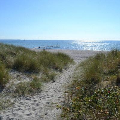 Ishoj strand beach 01