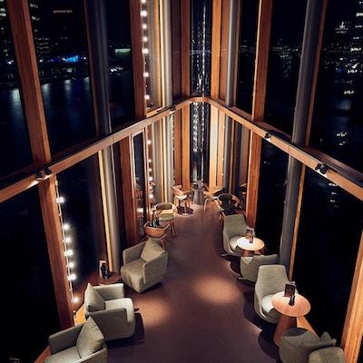 Bygning, utsikt, stoler, kveldsstemning