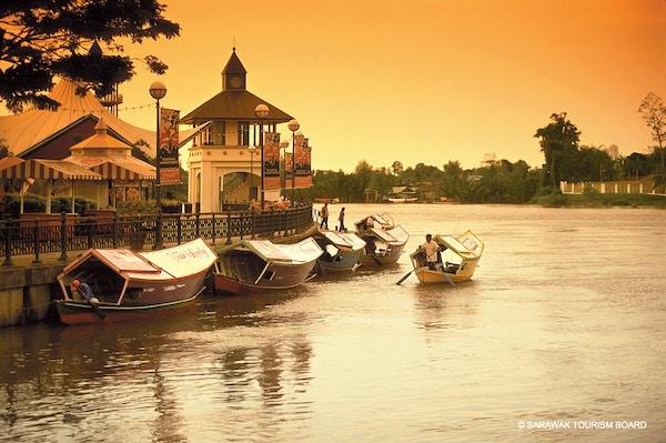 Kuching, hovedstaden i Sarawak, Borneo.