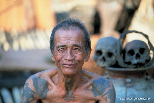 Stammefolk på Borneo.
