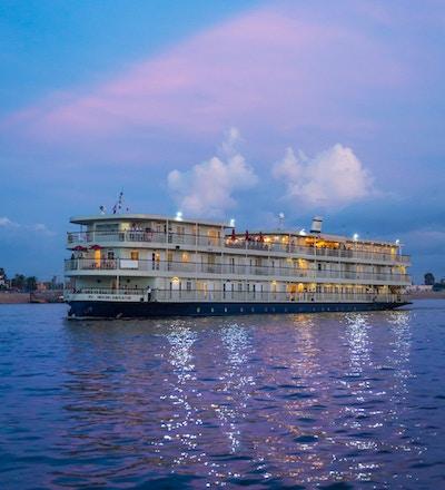 Mekong Nav Exterior 012 small