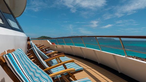 Dekk på cruiseskip.