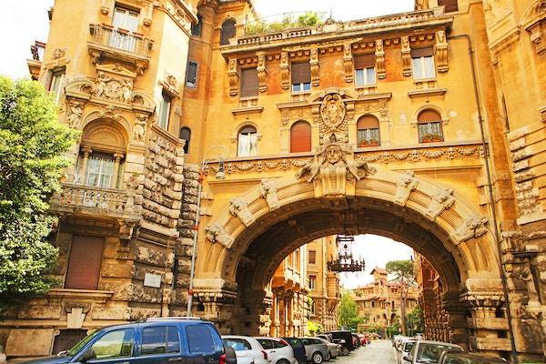 Coppedè-kvarteret er en bydel med om lag 40 bygninger, skapt av arkitekten Gino Coppedè tidlig på 1900-tallet.