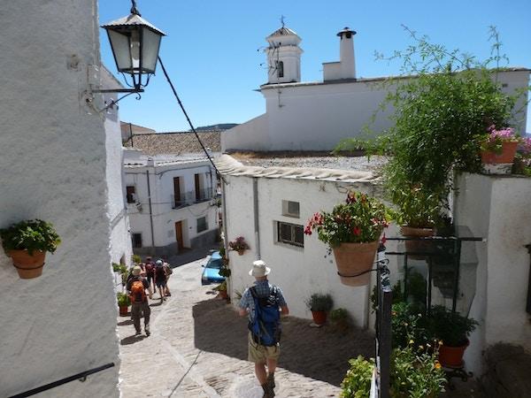 Landsby i Las Alpujarras, Spania.