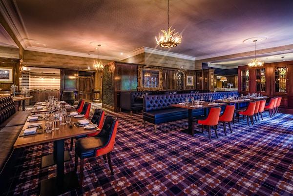 Spisesalen i Dunkeld House i Skottland